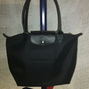 Longchamp Le Pliage Neo Medium Nylon Tote Black